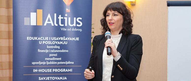 Andreja µvigir_Otvara konferenciju