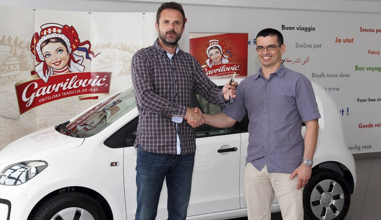 Trpimir Lovrekovic urucio kljuceve od auta Stipi Muticu u zadarskom Sparu