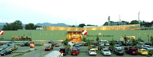 mercator-center-parking-wide-midi