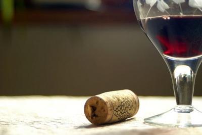 vino-vinska omotnica-midi