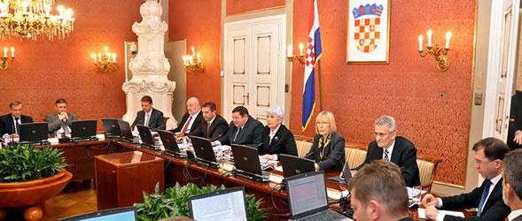 vlada-rh-sjednica-prosinac-2011-ftd