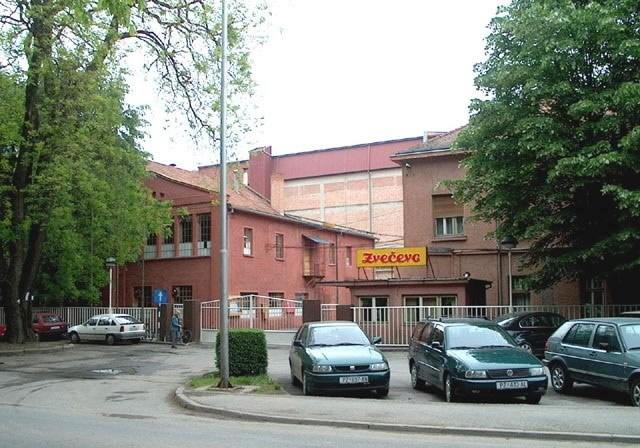 zvecevo-zgrada
